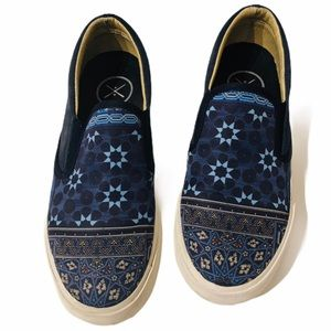 Inkkas 6 blue mosaic print Blake slip-on sneakers